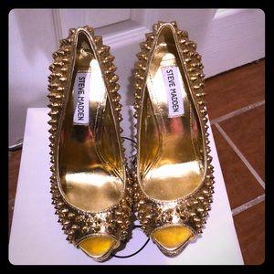 Steve Madden gold spike heels